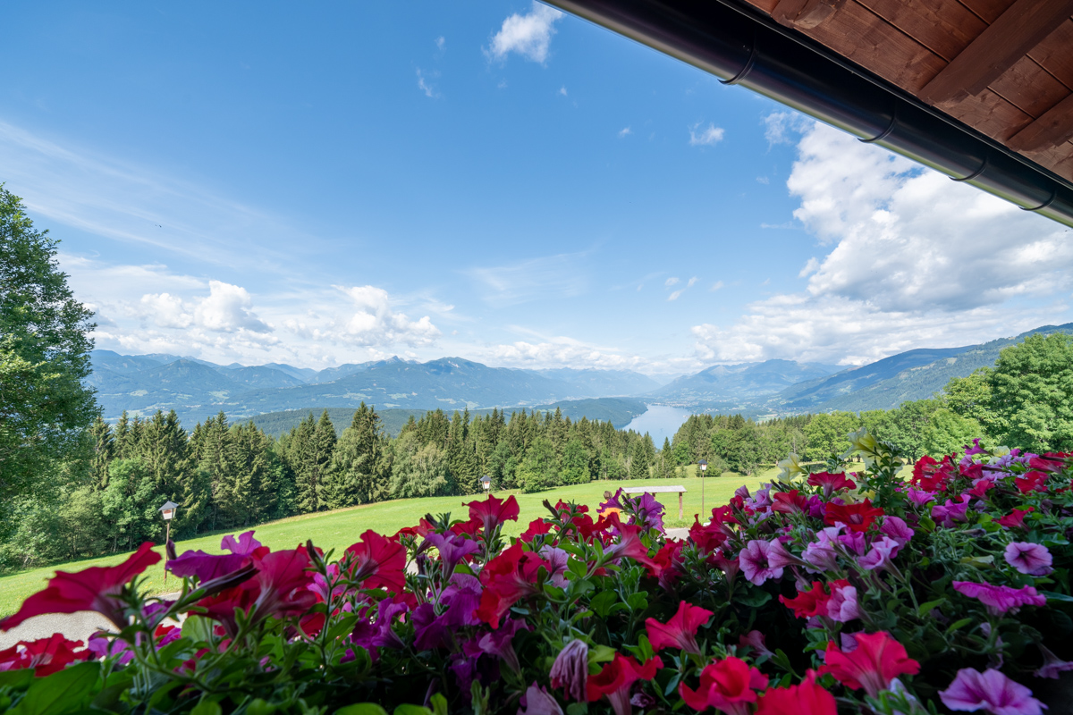 Balcony with view to Lake Millstätter See and the Carinthian mountains